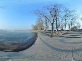 北京 玉渊潭公园 冰封湖面