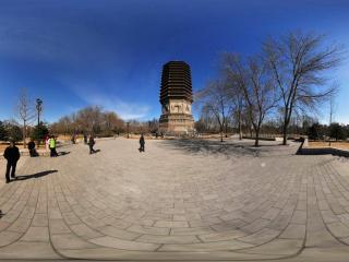 北京玲珑公园初春的古塔2