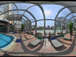 港澳中心瑞士酒店游泳池