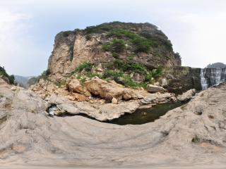 葫芦岛龙潭大峡谷瀑布全景