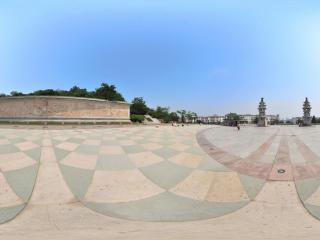 葫芦岛龙背山公园广场