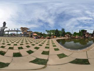 葫芦岛龙湾公园大门全景