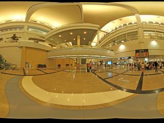 厦门机场达到厅全景