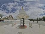 西藏布达拉宫广场右侧-藏经塔全景