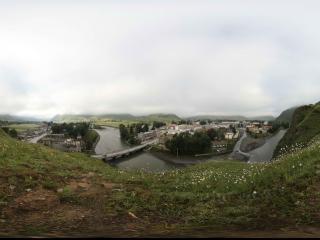 新都桥镇的山坡上看新都桥