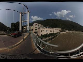 泸定大桥全景