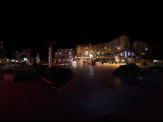 泸定客运站的夜晚