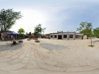葫芦岛葫芦山庄夏景之商业街
