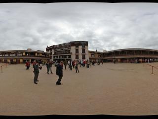 布达拉宫内全景