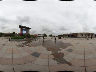 嘉峪关关城入口广场