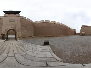 嘉峪关城墙内
