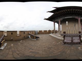 嘉峪关长城城墙上的炮台