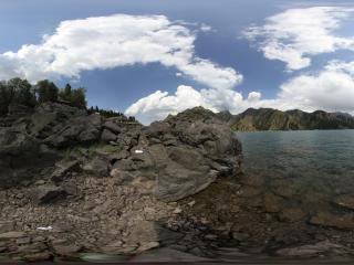 海西的云和天池的水