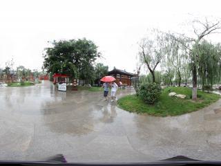 华清宫长生殿左前雨中