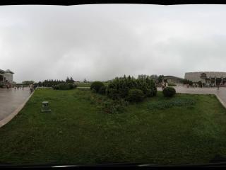兵马俑陈列馆前侧面广场