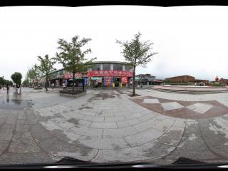 通往兵马俑博物馆的广场街道