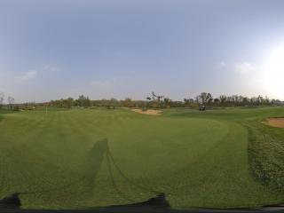 翡翠湖高尔夫球场第十一洞发球台