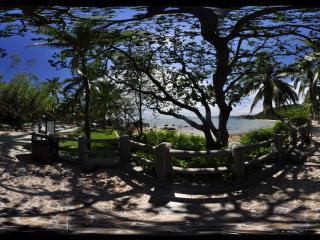 三亚天涯海角树影婆娑全景