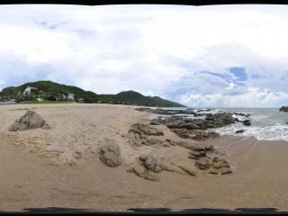 三亚大小洞天海边沙滩