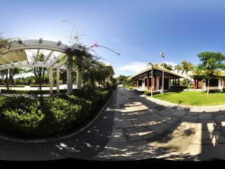 三亚南山文化苑绿色走廊