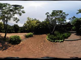三亚呀诺达热带雨林村寨