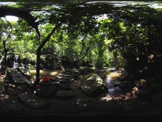 三亚呀诺达热带雨林小瀑布
