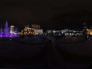 哈尔滨索菲亚喷泉夜景全景
