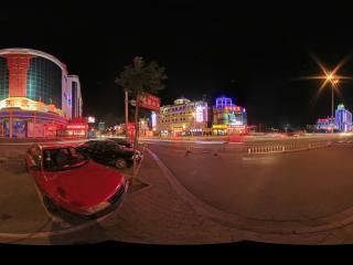 内蒙古蒙古文化街与伊斯兰风情街交叉口
