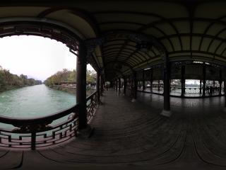 都江堰南桥上面看都江堰
