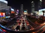 上海繁华街道夜景全景
