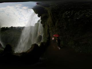 黄果树瀑布的水帘洞