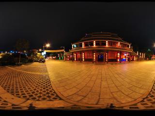 西双版纳景洪酒吧一条街-红色酒吧全景