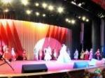 中华女子学院 元旦晚会歌舞表演全景