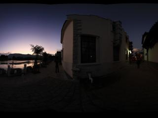 昆明民族村远观夜幕的西山全景