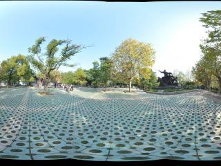 衡阳岳屏公园 解放纪念雕像全景