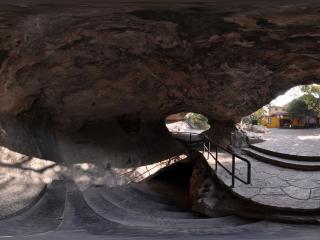 桂林靖江王城 历代王爷藏酒的地窖