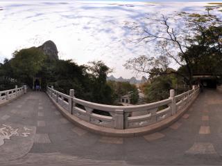 桂林 芦笛岩公园 岩洞出口