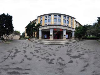 云南大学 怀周院