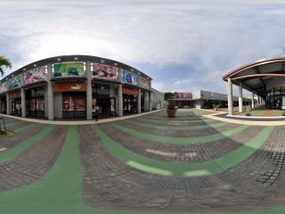 日本冲绳名牌折扣购物区