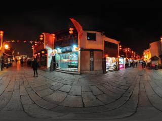 七里山塘夜色--广场