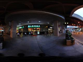 深圳海岸城夜景和绿回转寿司