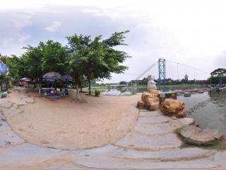 深圳海上田园水中浮桥