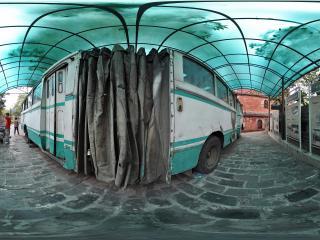 广州博物馆老式公交车