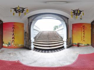 广州博物馆门口