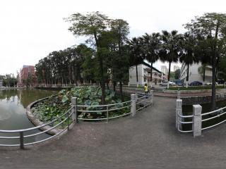 广州暨南大学湖中水榭