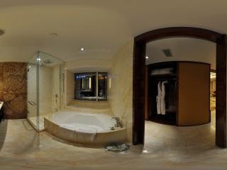 惠州凯宾斯基酒店行政套房浴室