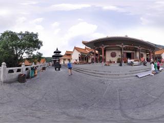 深圳仙湖植物园弘法寺天王殿全景