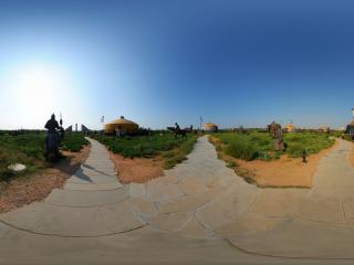 内蒙古鄂尔多斯成吉思汗陵-铁马金杖全景