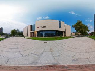 河北省图书馆东面