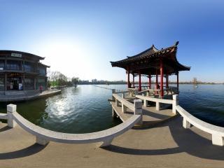 大明湖.九曲亭